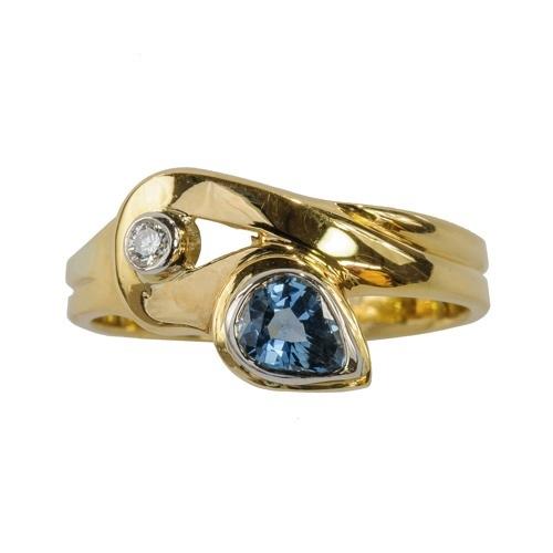 Stephen Nicholls - Designer Jewellery